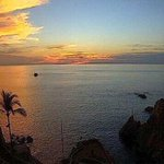 Gracias por informarte con nosotros, #Acapulco registra 26º esta noche http://t.co/vDCRyAe1Gk ¡Excelente domingo! http://t.co/1YfNXerWEx