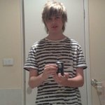 Throw back to me taking my first selfie.... Lol kidding its Michael Clifford http://t.co/lZzkoF9n7c