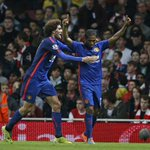 Arsenal 1-2 Manchester United: Wayne #Rooney punishes misfiring Gunners at Emirates http://t.co/GHz3byobJd http://t.co/KhM7PiQike
