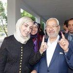 Rached Channouchi a voté (Photo Facebook de Rached Ghannouchi) http://t.co/DCOWU4MdR7