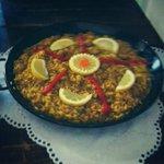 Hoy este arroz al oporto te estará esperando. Ven a probarlo! ummmm #tapas #sevillahoy #tapeo @tapasporsevilla http://t.co/mHpQwNdjGl