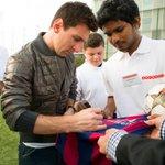 Hussain Samir from Maldives meets #Ooredoo Brand Ambassador Leo Messi. #SimplyDoWonders #MeetMessi http://t.co/Ajy7dmn25K