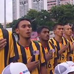The Malaysian National Anthem rings out   #AFFSuzukiCup #MALvMYA http://t.co/R1CxuCcsC9