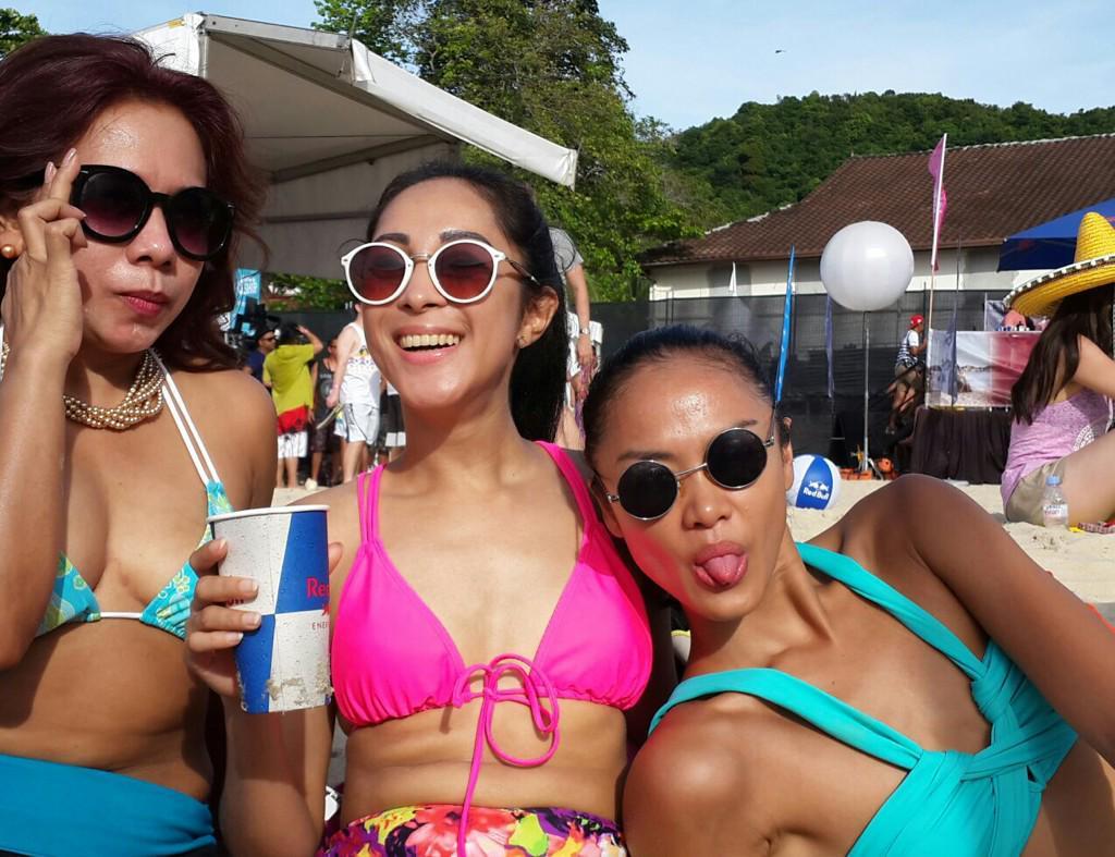 Private beach party off the ship in langkawi malaysia. @hardrockfm @kellytandiono #HRFMITS @itstheshipasia http://t.co/7SJ9U486Ml