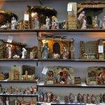Viajar a la niñez visitando la #FeriadelBelén de #Sevilla. Hasta el 23/12 junto a la Catedral http://t.co/ai1e9g8x59 http://t.co/HVS8tpw3QF