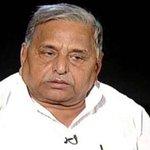 PM @narendramodi copying my scheme of adopting villages, building toilets, says Mulayam http://t.co/pbNZoiCua4