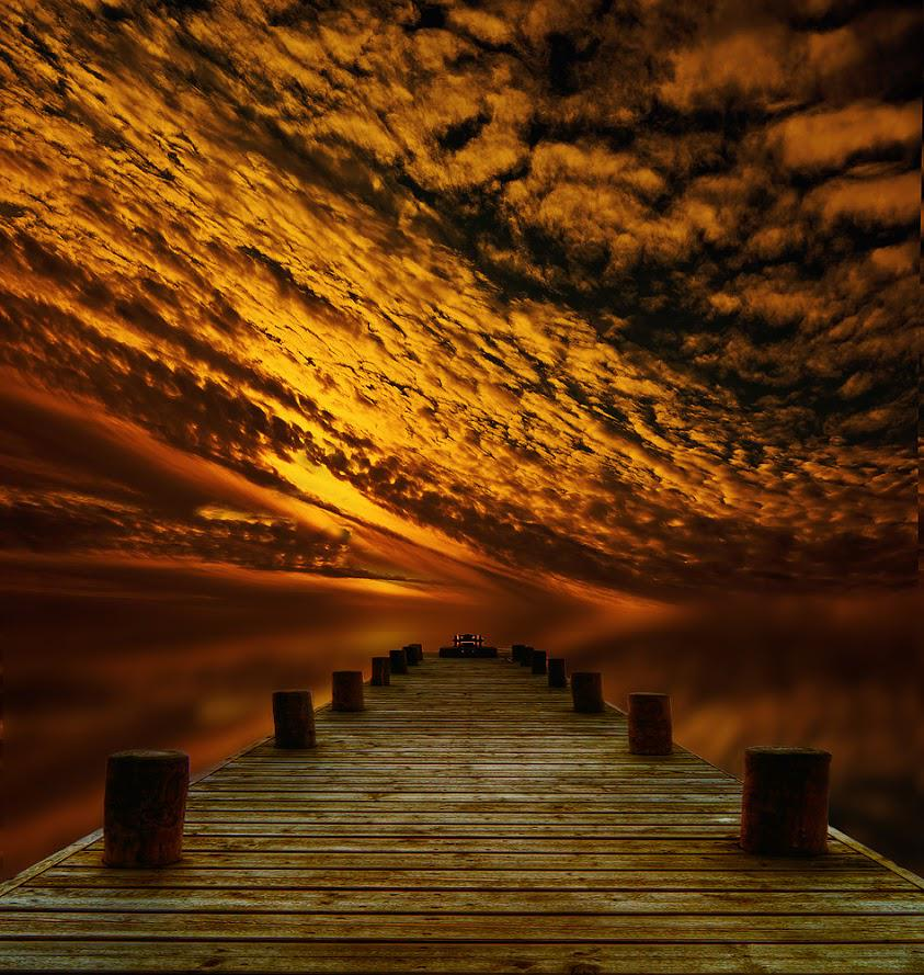 RT @Ou_Prg: Hello sweeties ..... good afternoon,... in Prg seems like evening lol  Sunset at Pier by mbies55 http://t.co/2uvFpWQ4oG