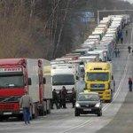 Россия вновь вводит режим стопроцентного таможенного досмотра грузов из Литвы http://t.co/XQFHnNJiyY http://t.co/GuDlbWmU5V