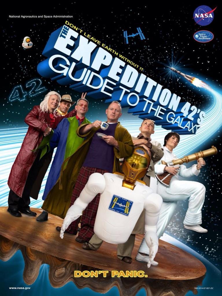 Und dies ist das offizielle Plakat der ISS-Expedition 42! #Futura42 http://t.co/smHYxXP9IN