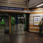 Charing Cross Station closed and 100 evacuated over fire on train http://t.co/5DU43Nd6LT http://t.co/Tt8LSi1HN2