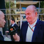 Juan Carlos I en Abu Dabi con el dinero de todos apoyando a Fernando Alonso en su última carrera con Ferrari. http://t.co/lnwNISUx1i