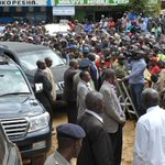 Addressing Nyahururu residents after the church service. http://t.co/cdqGkiKmz2