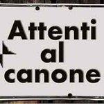 "@matteorenzi fottiti violentemente NOTIZIA ABOMINEVOLE @cortese_enzo Renzi ci ha fottuti http://t.co/thxfj5iFJV http://t.co/L84QVhIPAS"""