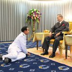 Photo released of #Thailand King granting audience today at Sririraj Hospital to PM Prayuth. http://t.co/UQMQd8J2LL