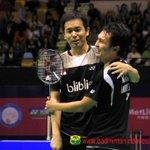 Ahsan/Hendra Berpelukan usai mengalahkan Liu/Qiu.. | Final #HongkongSS Pic by PBSI http://t.co/tQ6kQrzjow