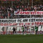 La afición del Rayo muestra su solidaridad con Carmen, la abuela desahuciada de Vallecas http://t.co/eLVWZmSrlv http://t.co/CLu7zzcKtH