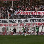Pancartas hoy en Vallecas. #CarmenSeQueda [vía @fernandosebas73 y @rayototal] http://t.co/MIZGXIy1CS