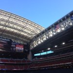 Roof open. Game on. #TexansGameday http://t.co/oYLL4DLSdJ