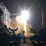 МОЛНИЯ! Корабль «Союз ТМА-15М» с экипажем МКС на борту успешно стартовал с космодрома «Байконур! http://t.co/gUBsARtkt6