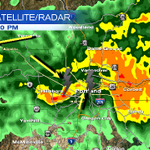 Thunderstorms moving thru #PDXMetro right now. Expect brief heavy rain and lightning as these cells move in #pdxtst http://t.co/CWdwgubu0K