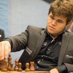 Магнус Карлсен стал чемпионом мира по шахматам http://t.co/UVVJHmj1oT http://t.co/4z9oO87v3E