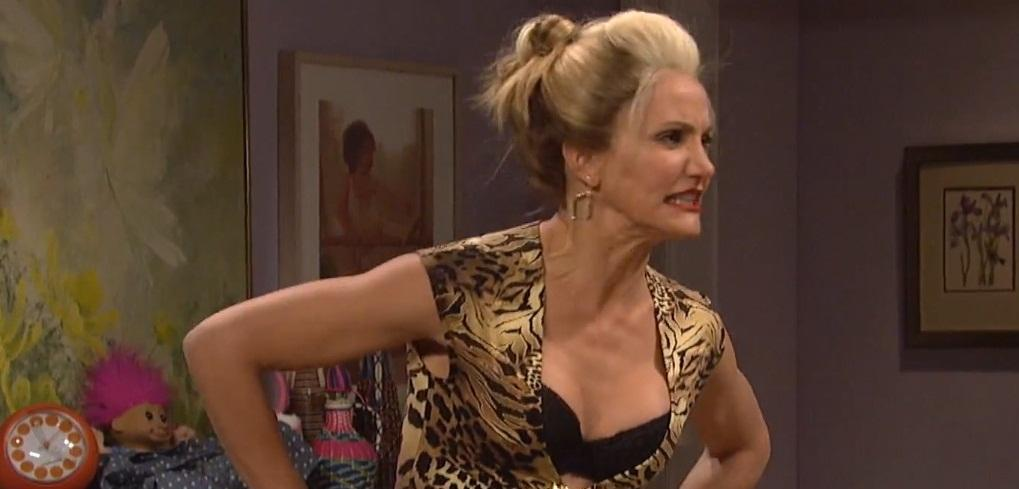 Cameron Diaz hosted SNL & helped spoof the Annie reboot - check out 5 highlights!