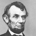 Aynaya baktığında başka birini görmek istemiyorsan kendin ol.   Abraham Lincoln http://t.co/iPTmXzr0ms