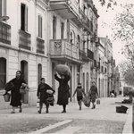 Tarragona el matí del 15 de gener de 1939, poc abans de l'entrada a la ciutat de les tropes franquistes. http://t.co/Op1rkY4Cat