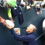 Hi!!!! RT @Paul4KOMOsports: @PeteCarroll saying hi to the #12thMan @KOMO4Sports @komonews #Seahawks http://t.co/A1zUKY8XEz