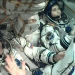 Новый экипаж Международной космической станции (МКС) занял свои места в пилотируемом корабле «Союз ТМА-15М». http://t.co/gw2qNd4vIR