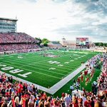 Beautiful on campus stadium for @TroyTrojansFB. New stadium for #UABFootball would be great for UAB & Birmingham. http://t.co/D8RH5c78Hb