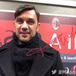 Capitan Paolo Maldini a San Siro per #MilanInter! #TwitterMirror http://t.co/vJCP1S2wnI