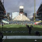 """""""@tydillon: So cool to be @Seahawks game today #GoHawks http://t.co/Z5rmAShnuX"""" Aaaaand I hate you."""
