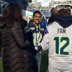 Marysville-Pilchuck HS shooting victim Nate Hatch is on the sidelines at the Seahawks game. #AZvsSEA http://t.co/4apg4tzkSz