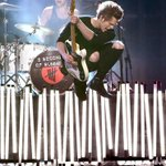 Hey #5SOSfam, has your heart rate gone down yet? #AMAs http://t.co/zT8j1W7wS6