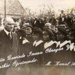 Eserinin Üzerinde İmzası Olmayan Yegane Sanatkar ÖĞRETMENDİR.. Mustafa Kemal Atatürk GününKutluOlsun BaşöğretmenATAM http://t.co/FPpwhFsBUn