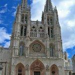 Vota en FB a la @catedralDburgos como una de las 7 maravillas de España https://t.co/EK4qSXVmJ9 http://t.co/ndv6dDQMfg