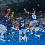 Jogadores do Cruzeiro fazem a festa do Tetra no Gigante da Pampulha! http://t.co/dOku0BNVe1 http://t.co/Sv9ugdbW2h