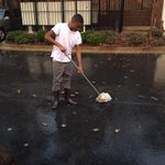 My momma made me mop the rain cause I didnt clean my room 😂 http://t.co/Eihjkb10Q0
