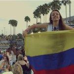 """En el video de """"1D in Orlando"""" sale una chica con la bandera de Colombia y Niall nombrando a Colombia tambien????????❤️ http://t.co/vXsAKFwD0X"""