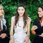 Nova foto divulgada da Eleanor, Sophia e Lou, no casamento da Jay, mãe do Louis neste ano. http://t.co/MIcGPXTwx5