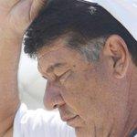 Vasco pode dispensar Joel Santana e até 12 jogadores. http://t.co/ra3KqxAsCw http://t.co/3ASVqzi92a