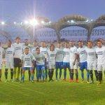 #Primera | Así se unieron #ZamoraFC y Llaneros antes de iniciar el encuentro, bajo la frase #ÁnimoPatón. http://t.co/bcLbRrhzmn