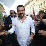 Un nostro articolo di due settimane fa. «In Emilia Romagna nasce lItalia di Renzi e Salvini» http://t.co/IcuIravJiO http://t.co/QRcF8w3o5I