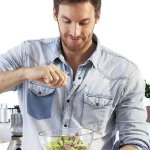 Solteros: la cocina va más allá del atún y la pasta. Sigan estos consejos http://t.co/nkvyqeLzqC http://t.co/BMGURQuamM