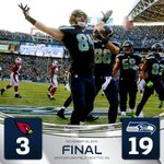 SEAHAWKS WIN! Move within 2 games of Cardinals for the NFC West. #AZvsSEA http://t.co/vF5lRnEFDp