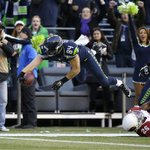#Seahawks won against the Cardinals -- 19-3! SHARE the good news far and wide, 12s! PHOTOS: http://t.co/N4lAwnPbF4 http://t.co/Tarh4kpfqM