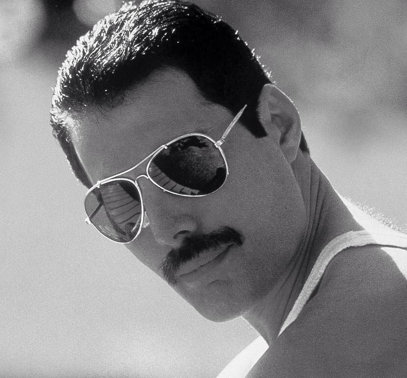Freddie Mercury - Lover of Life, Singer of Songs. 5th September 1946 - 24th November 1991. http://t.co/IB6LunAKLk