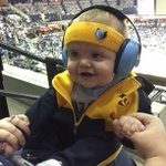 Henry approves of the Grizzlies first half performance. #goGrizz #DroolAndGrind @memgrizz http://t.co/gu5EyFFVug