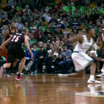 VIDEO: Steve Blake leaves Evan Turner spinning with a crossover, drains a jumper http://t.co/FCTc0Zu3qr http://t.co/nhP3zlAUJZ